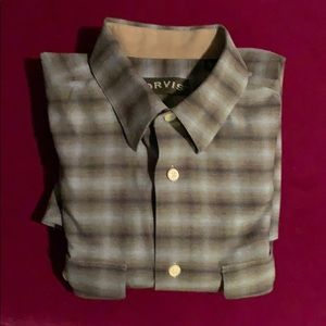 Heavy cotton high quality Orvis M shirt. Runs big
